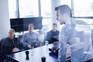 Was jeder neue Manager in der ersten Arbeitswoche tun muss